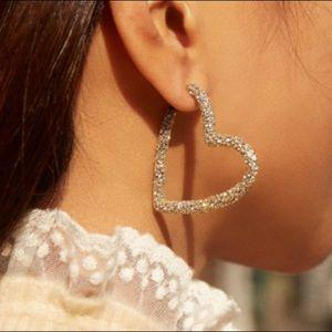 NIB BaubleBar Heart Hoop Earrings - Gold